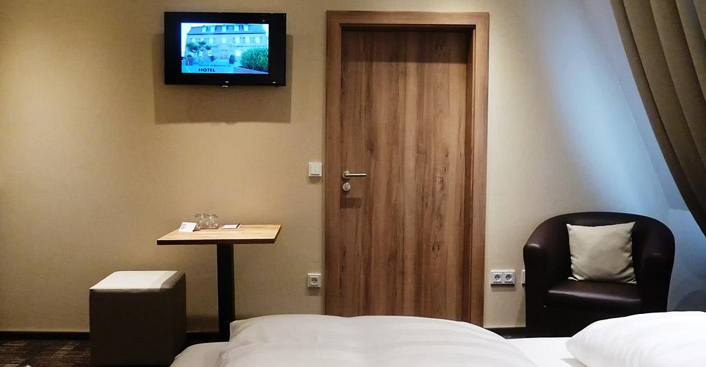 Fernseher im Hotelzimmer