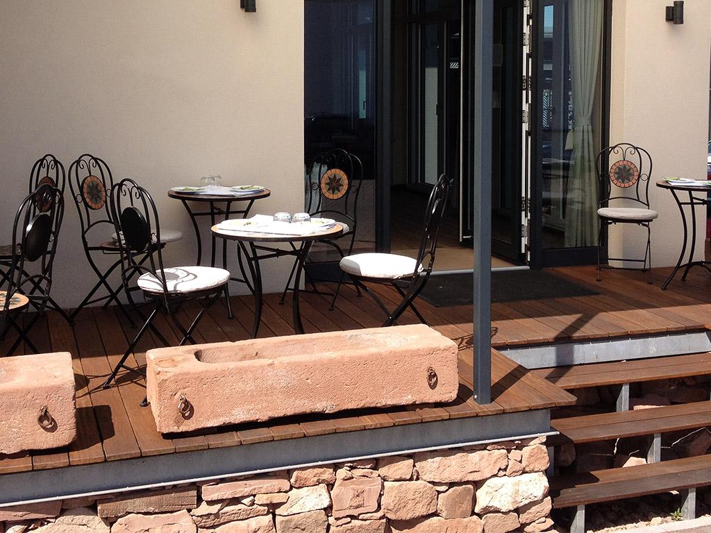 Frühstück auf der Terrasse vom Hotel-Saline in Büdingen
